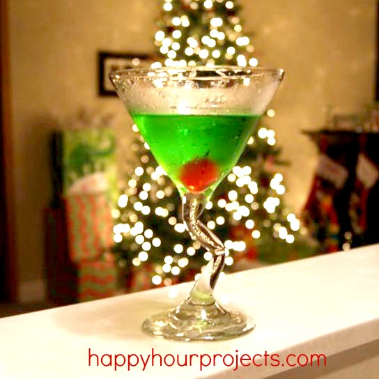 The Grinch Martini at www.happyhourprojects.com