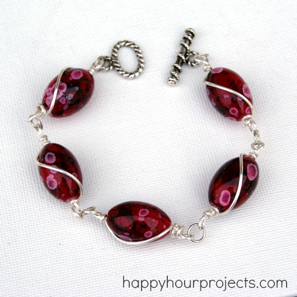Wire Bracelets With Charms 2: Wire-Wrapped Bead Bracelet