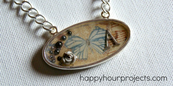Vintage Inspired Resin Necklace