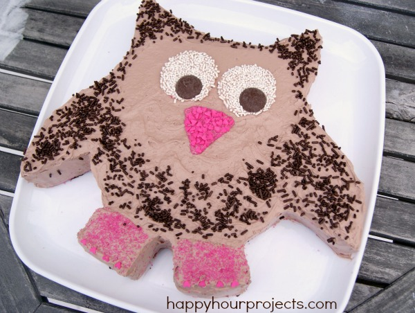 Easy Owl Cake With #CoolWhipFrosting