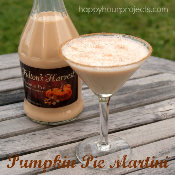 Pumpkin Pie Martini at www.happyhourprojects.com
