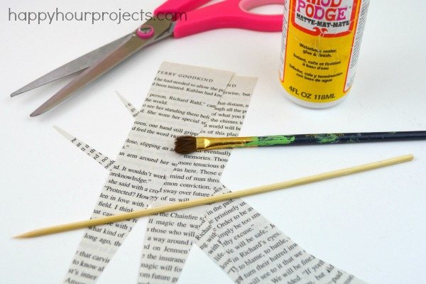 Mod Podge Paper Beads at www.happyhourprojects.com