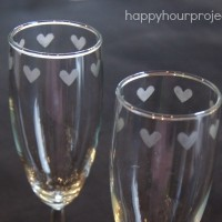 Easy Etched Heart Champagne Flutes with #MyFavoriteBloggers