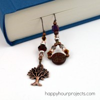 Beaded Linen Bookmark at www.happyhourprojects.com