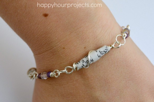 Wire Wred Paper Bead Bracelet At Www Hyhourprojects