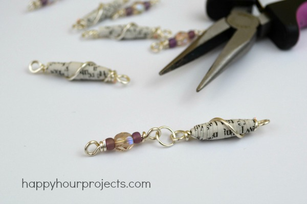 Wire Wrapped Paper Bead Bracelet at www.happyhourprojects.com