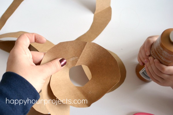Spring Crafts: 10-Minute Paper Bag Nest at www.happyhourprojects.com