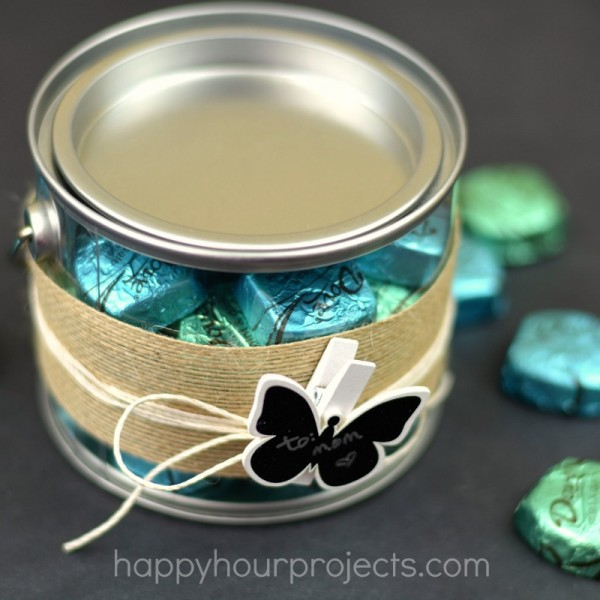 """I Promise"" Mother's Day Gift Bucket with Dove Dark Chocolate Promises at www.happyhourprojects.com"