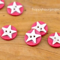 Patriotic Polymer Clay Buttons at www.happyhourprojects.com