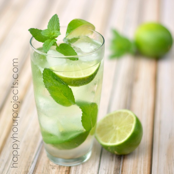 Classic Mint Mojito at www.happyhourprojects.com