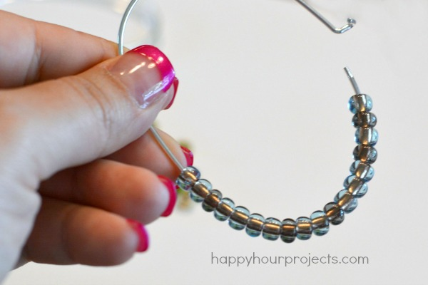 7b513eee8dd 2-Minute Stacking Beaded Bangle Bracelet at www.happyhourprojects.com