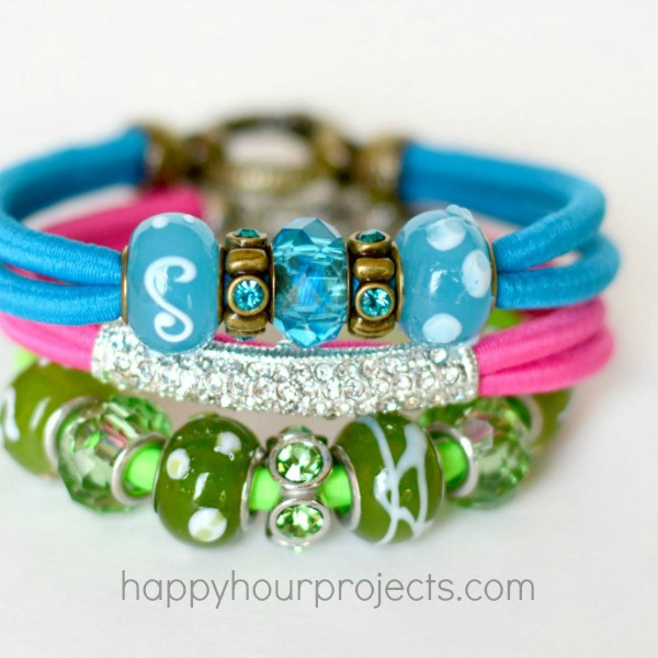 Beaded Bungee Bracelets in Neon Colors at www.happyhourprojects.com