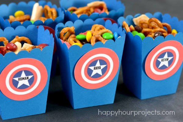 Captain America Movie Treat Boxes at www.happyhourprojects.com #HeroesEatMMs #CollectiveBias #shop