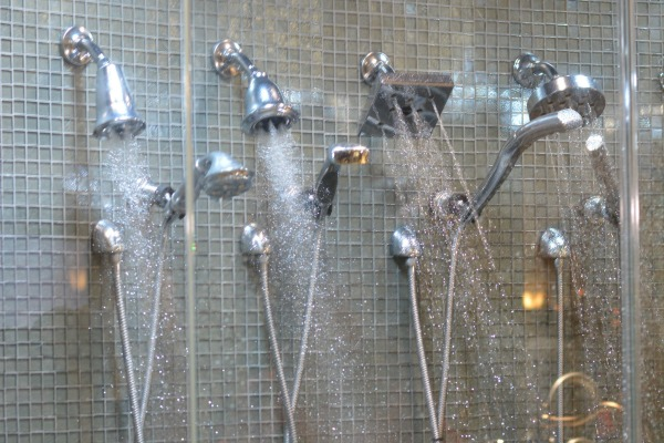 Delta Shower Head or Hand Shower Giveaway at www.happyhourprojects.com #DeltaFaucet #HappiMess