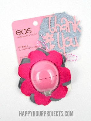 http://happyhourprojects.com/wp-content/uploads/2015/01/No-Sew-EOS-Flower-Lip-Balm-Gift-6-300x400.jpg