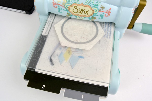 No-Sew Hexi Aromatherapy Drawer Sachets at www.happyhourprojects.com