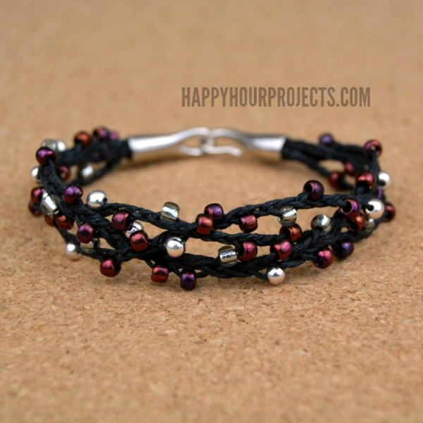 Winterberry Woven Bead Bracelet at www.happyhourprojects.com