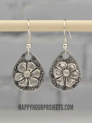 http://happyhourprojects.com/wp-content/uploads/2015/02/Stamped-Floral-Earrings-6-300x400.jpg
