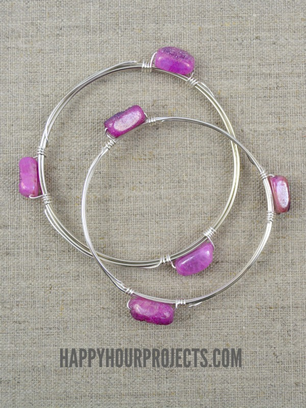 Wire Wrapped Bead Bangle at www.happyhourprojects.com