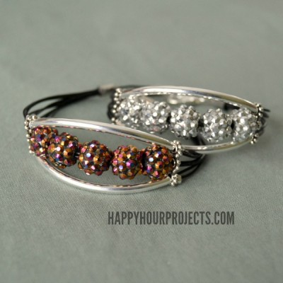 10-Minute Glittering Tube Bead Bracelet Video Tutorial at www.hhappyhourprojects.com