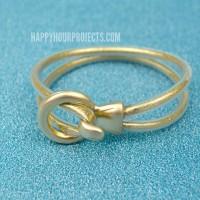 DIY Gold Glitter Looped Bracelet