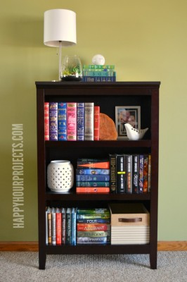 http://happyhourprojects.com/wp-content/uploads/2015/03/Styled-Bookshelf-2-266x400.jpg