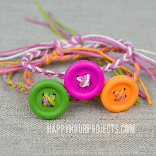 Easy DIY Button Friendship Bracelets | in 10 minutes or less! at www.happyhourprojects.com