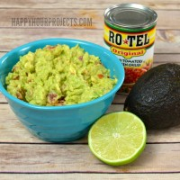 RO*TEL Rockin' Guacamole and Bud Light Lime-A-Rita | Easy Entertaining at www.happyhourprojects.com