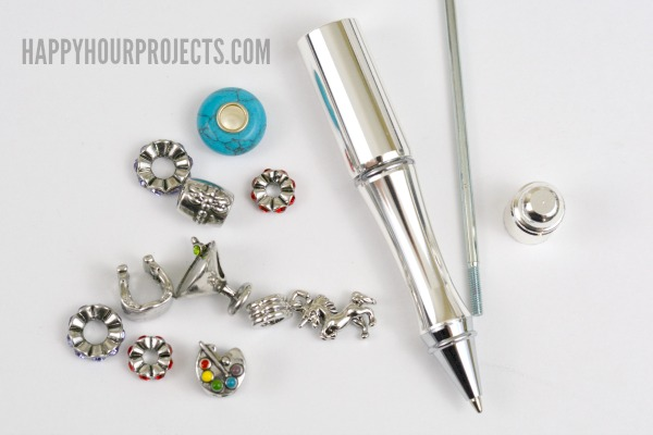 Express Yourself or Make a Great Gift with Beaded Accessories | Beaded Pen at www.happyhourprojects.com