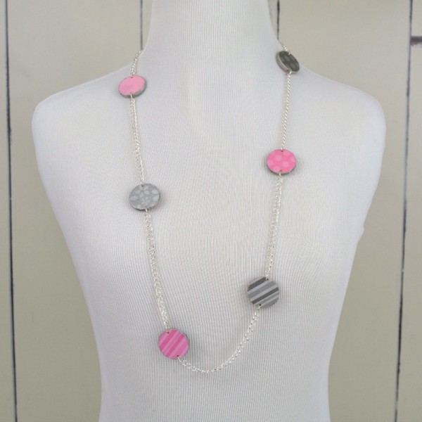 Scrapbook Paper Statement Necklace at www.happyhourprojects.com