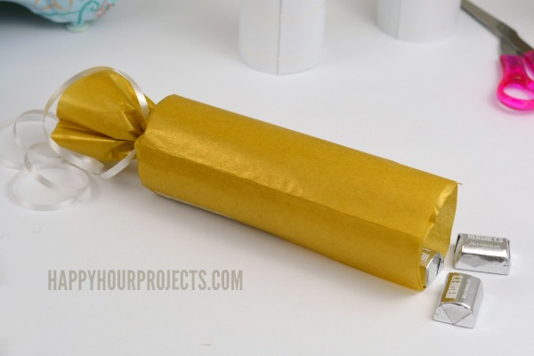Christmas in July with Sizzix | Golden Gift Wrap at www.happyhourprojects.com