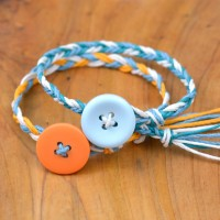 How to make easy friendship bracelets!