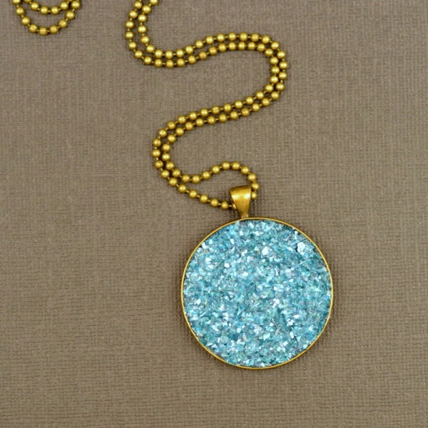Faux Druzy Necklace at www.happyhourprojects.com