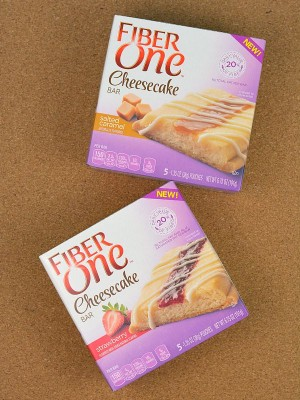 http://happyhourprojects.com/wp-content/uploads/2015/08/Fiber-One-Cheesecake-Bars-1-300x400.jpg