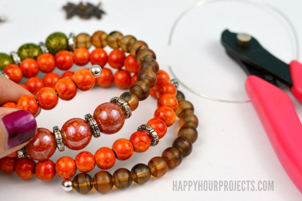 Autumn Memory Wire Bracelet at www.happyhourprojects.com