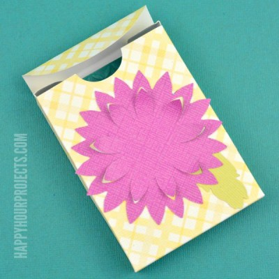 http://happyhourprojects.com/wp-content/uploads/2015/09/How-to-Make-a-Jewelry-Gift-Box-2-400x400.jpg
