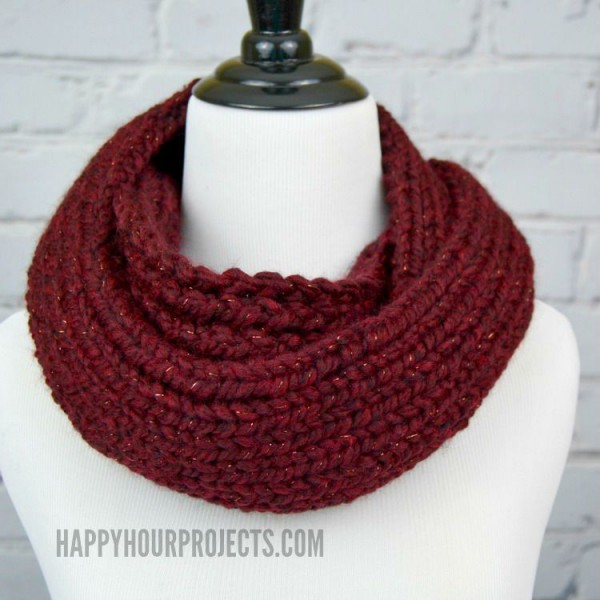 How to Knit an Infinity Scarf Using a Loom Knitter at www.happyhourprojects.com