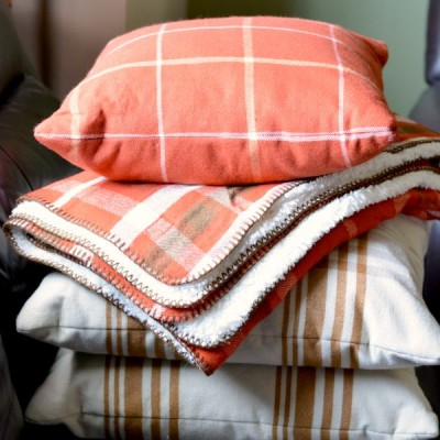 Fall Home Trends: Plaid at Target! #TargetStyle #Love2Plaid #ad