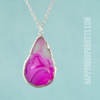 Easy DIY Necklace | The One-Minute Agate Slice at www.happyhourprojects.com