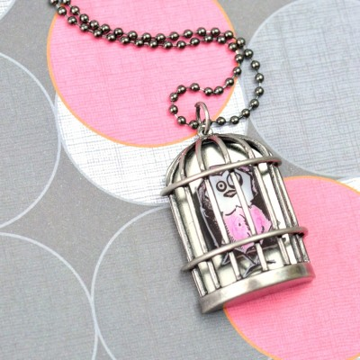 http://happyhourprojects.com/wp-content/uploads/2015/11/Bird-Crazy-Birdcage-Necklace-2-400x400.jpg