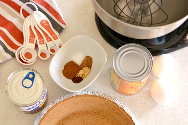 Gluten Free Pumpkin Pie Recipe at www.happyhourprojects.com