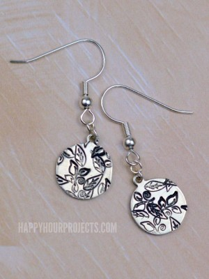 http://happyhourprojects.com/wp-content/uploads/2015/11/Stamped-Leaf-Earrings-7-300x400.jpg