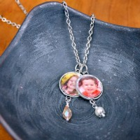 DIY Photo Charm Necklace at happyhourprojects.com