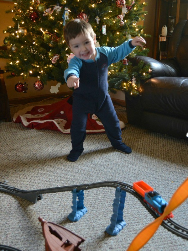 Great Gifts for Kids | Thomas & Friends TrackMaster Train Set at www.happyhourprojects.com