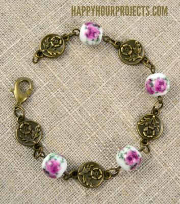 http://happyhourprojects.com/wp-content/uploads/2016/02/Vintage-Floral-Bracelet-2-353x400.jpg