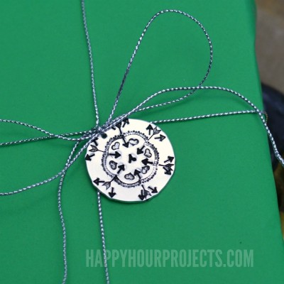 http://happyhourprojects.com/wp-content/uploads/2016/12/Snowflake-Gift-Tag-1.3-400x400.jpg