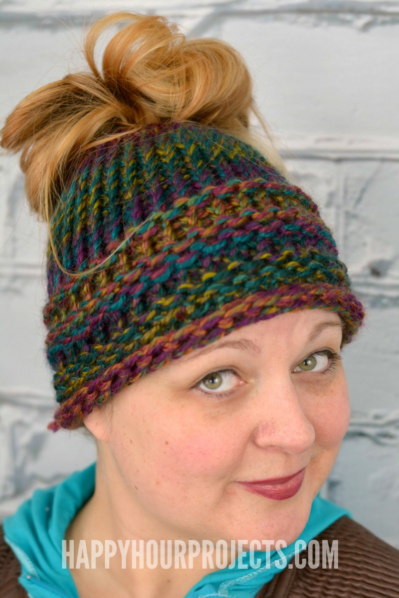 4e71196f23790 Beginners Messy Bun Hat Using the Loom Knitter at happyhourprojects.com