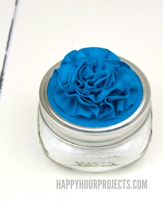 http://happyhourprojects.com/wp-content/uploads/2017/03/Rose-Topped-Mason-Jar-Bath-Salt-Gift-1-320x400.jpg