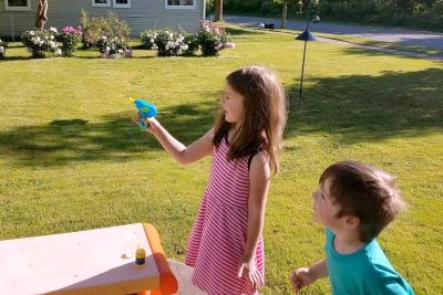 http://happyhourprojects.com/wp-content/uploads/2017/06/Bubble-Gun-4-400x267.jpg