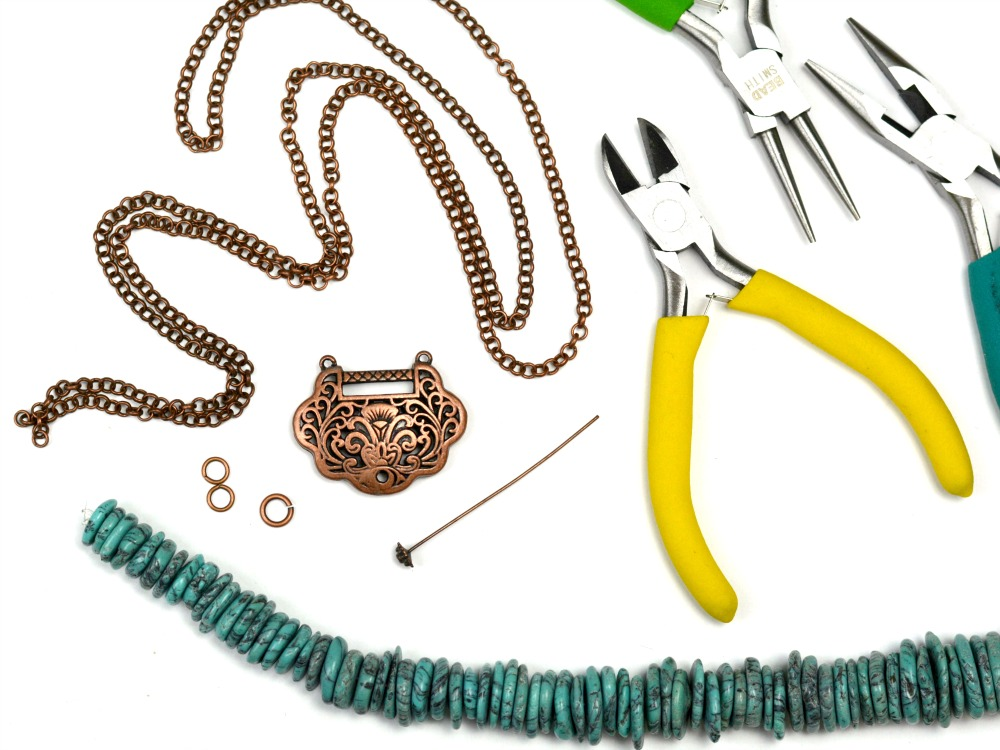 Copper + Turquoise DIY Necklace at happyhourprojects.com #DIY #necklace #jewelry #accessories